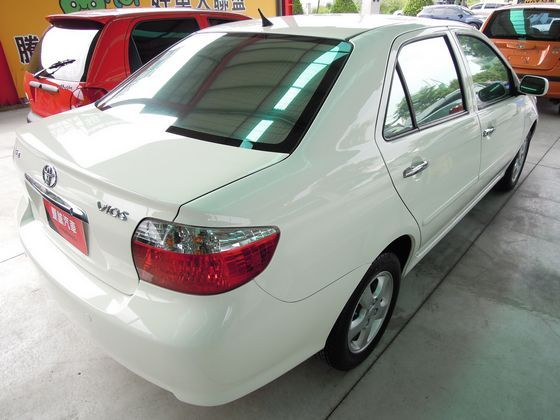 Toyota豐田 Vios 照片10