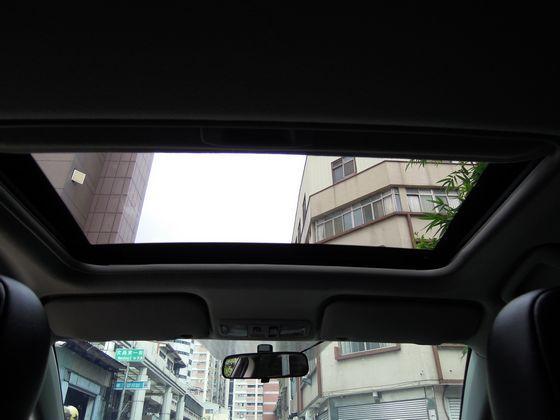 Mitsubishi 三菱 Fortis 照片9