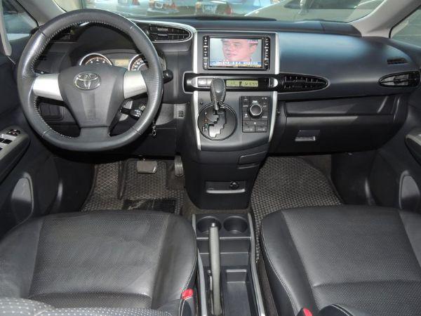 Toyota 豐田 WISH 黑 2.0 照片2