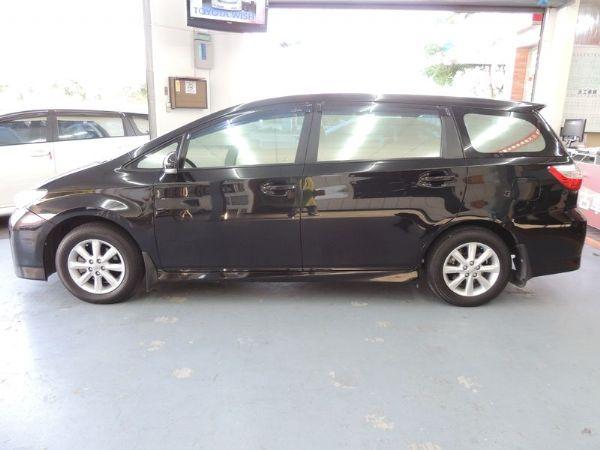 Toyota 豐田 WISH 黑 2.0 照片10
