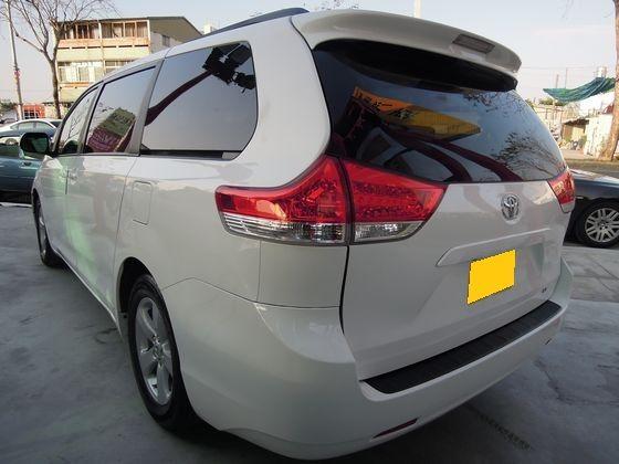 Toyota豐田 Sienna 照片10