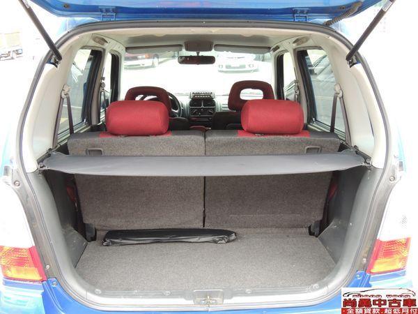 SOLIO 寶藍 1.3 轎車版 照片6