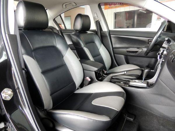 Mazda 馬自達 3S 2.0 黑 照片5