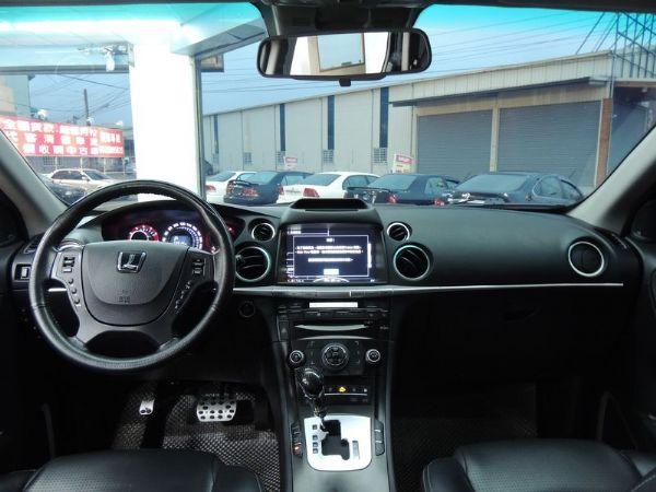 納智捷  SUV 2.2  黑  照片4