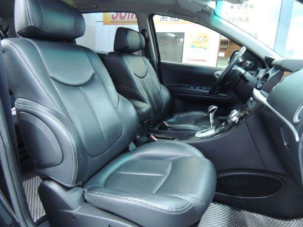 納智捷  SUV 2.2  黑  照片5