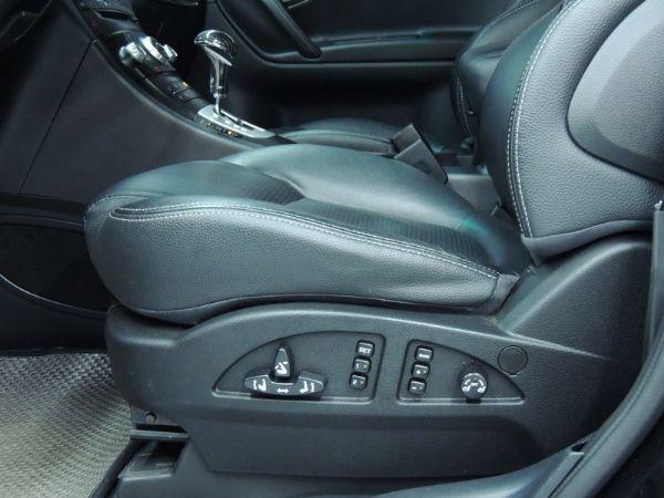 納智捷  SUV 2.2  黑  照片7
