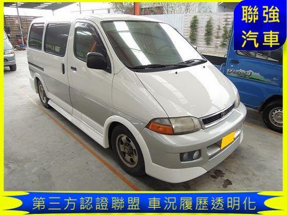 Toyota豐田 Hiace Solem 照片1