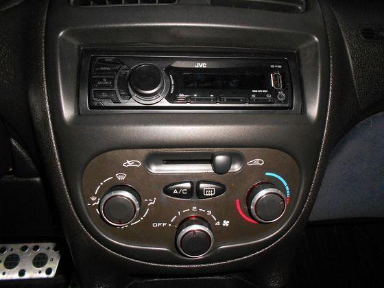 Peugeot 寶獅 206 照片6