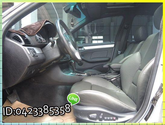 BMW 320 ┌天窗 雙電椅、外觀漆面 照片8