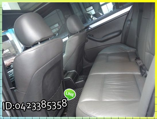 BMW 320 ┌天窗 雙電椅、外觀漆面 照片9