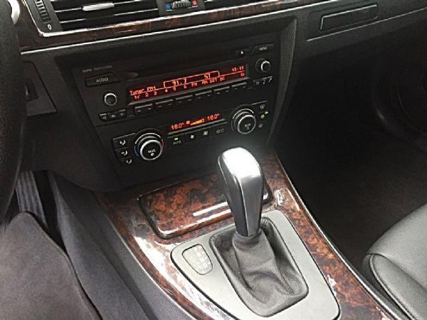 BMW 320I 照片7