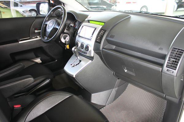 尊翔汽車 頂級版 雙電動滑門 照片5