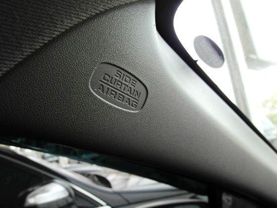 Honda 本田 Insight 1.3 照片8