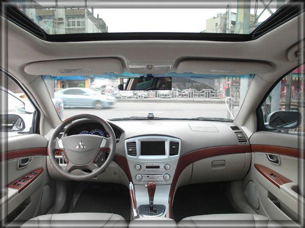 06年式 庫蘭德 2.4頂級豪華房車 照片3