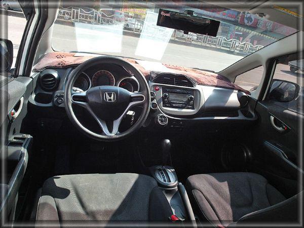 FIT F1方向盤換檔/性能小車/超大空 照片3