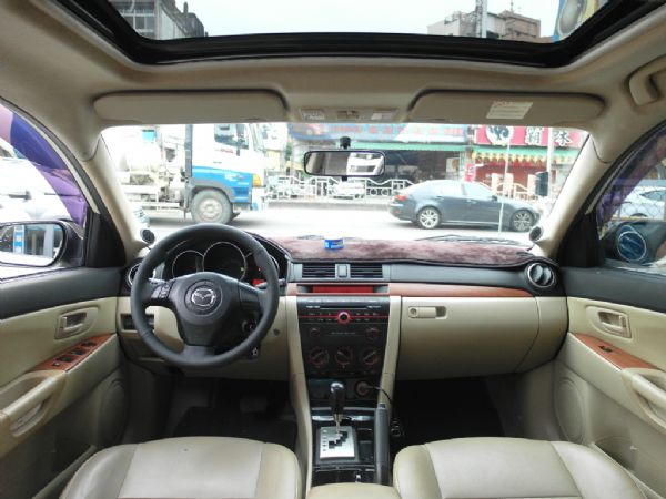 2006年 Mazda3 1.6 白 照片2