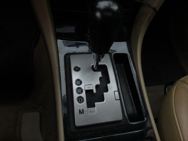 2006年 Mazda3 1.6 白 照片7