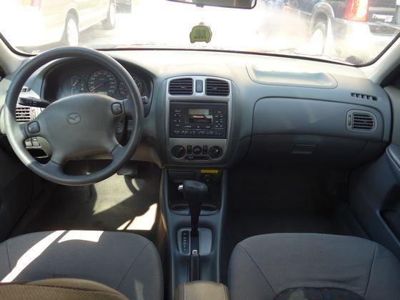 Mazda 馬自達/323 照片2