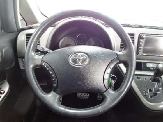 Toyota 豐田/Wish 照片3
