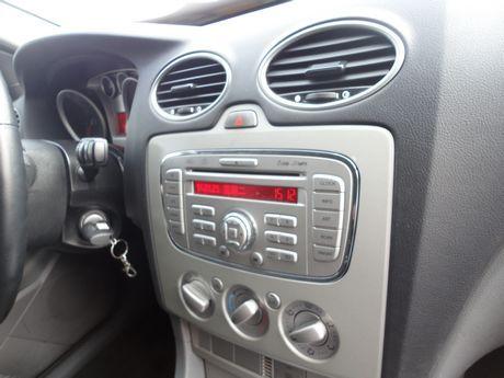 Ford 福特/Focus 1.8 照片4