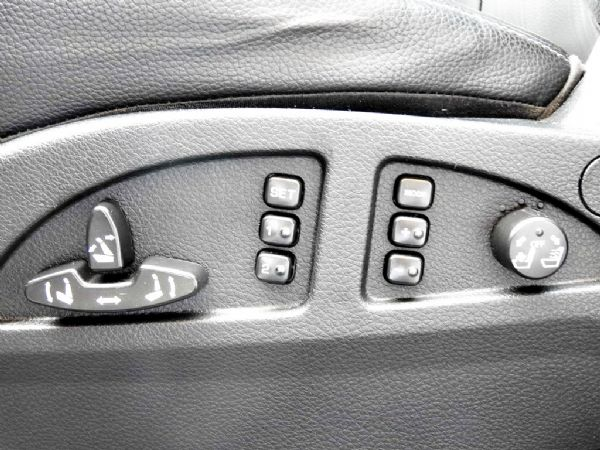 SUV 2.2 全額貸免保人可超貸 照片8