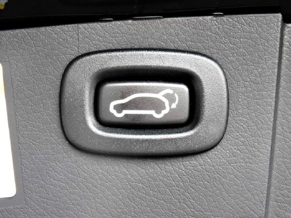 SUV 2.2 全額貸免保人可超貸 照片10