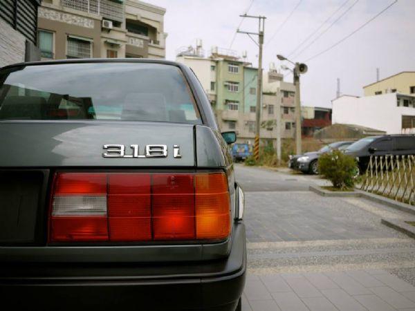 1989年 經典老鯊 E30 原廠手 照片5