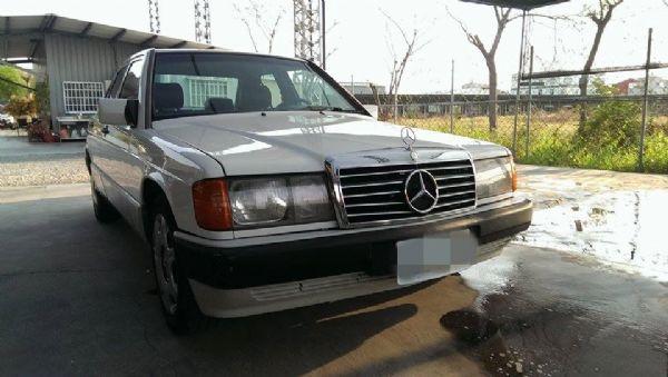 1990年 W201  190E 白色 照片1