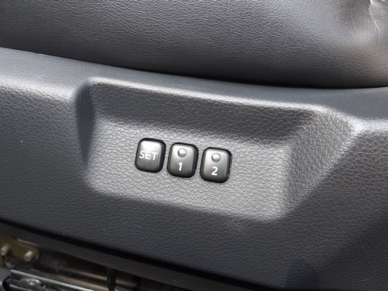 Infiniti極致/G35 Coupe 照片9