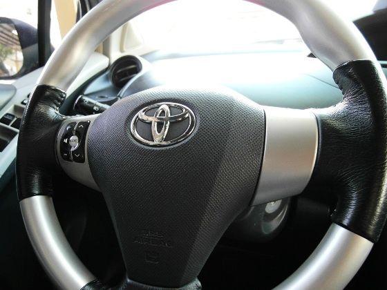 Toyota 豐田 Yaris 1.5 照片3