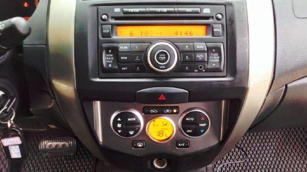 2013年LIVINA全車原鈑件恒溫  照片9