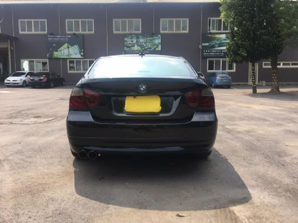 BMW E90 320I 照片4