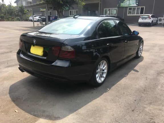 BMW E90 320I 照片6