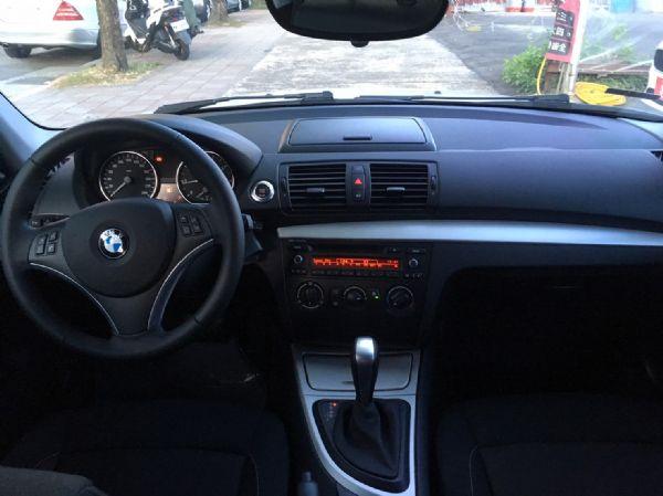 11年式 BMW 118i 2.0 白  照片8