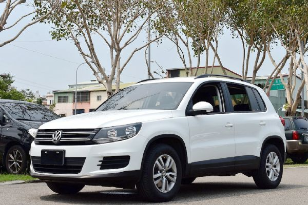 Volkswagen Tiguan  照片1