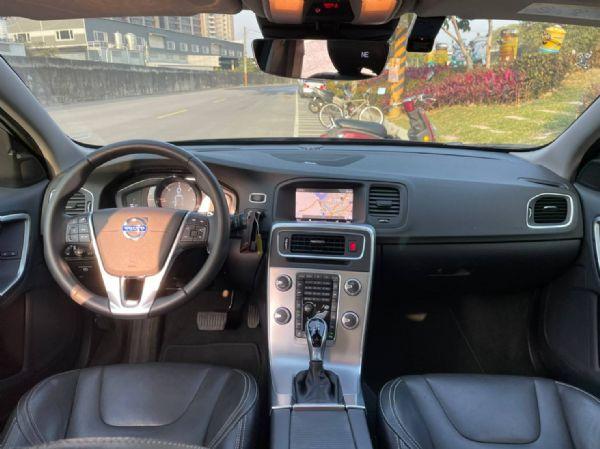 鑫宏車業2017年V60柴油旗艦2.0 照片5