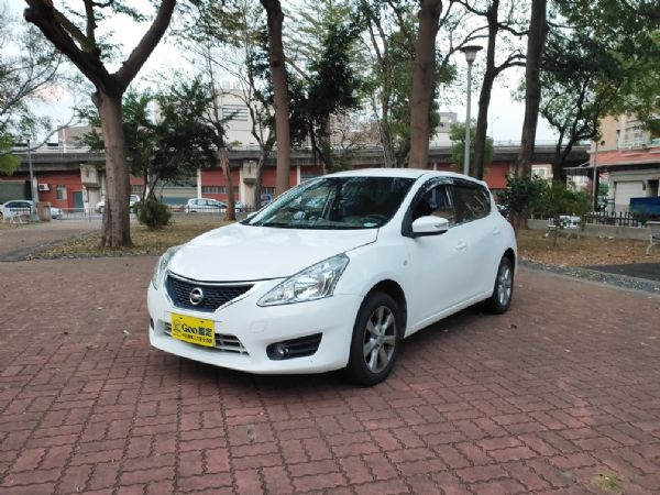 鑫宏車業2013年TIIDA五門1.6 照片1