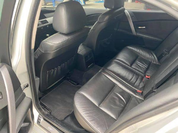 04年 BMW E60 520 2.2 照片8