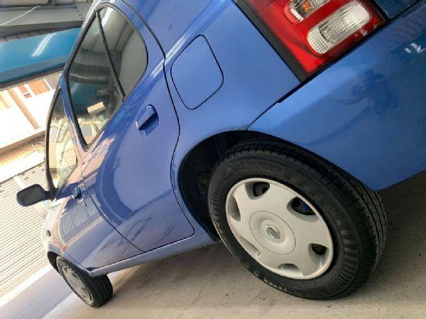 女用代步車 好開 省油 MARCH 小車 照片7