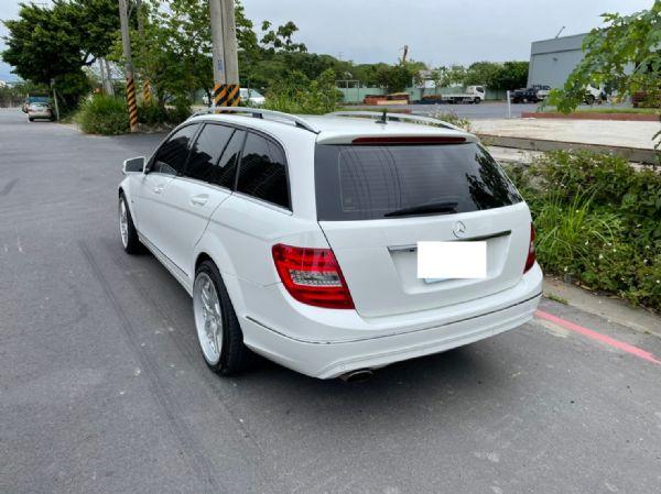 鑫宏車業2012年C250五門旅行1.8 照片4